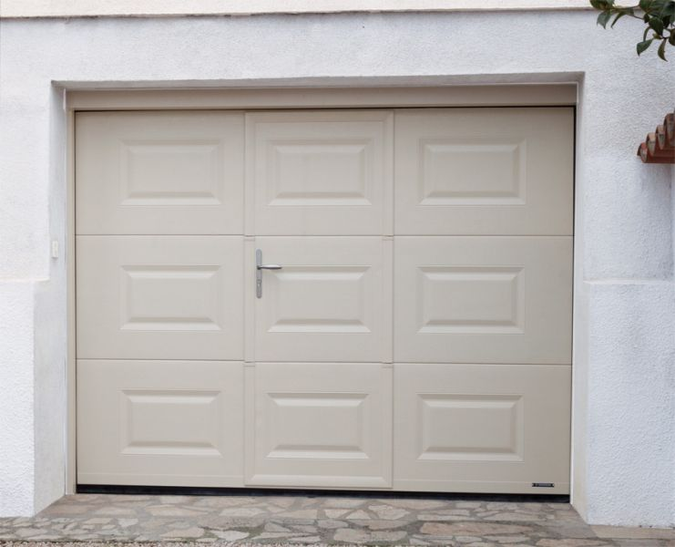 Portes de garage alu glass - Porte de garage portillon integre ...