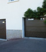 Porte-de-garage-sectionnelle-plafond-St-Yrieix-brun